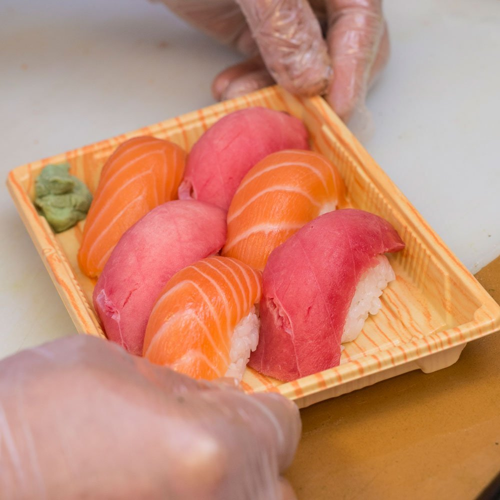 Hand-rolled Sushi